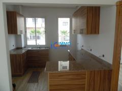 Villa neuf usage bureau de 500m² en location à Hay raid