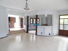 Villa de 500 m² en location à Hay raid