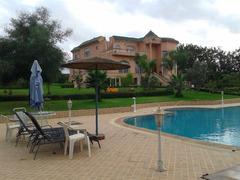 Villa à vendre à bouskoura