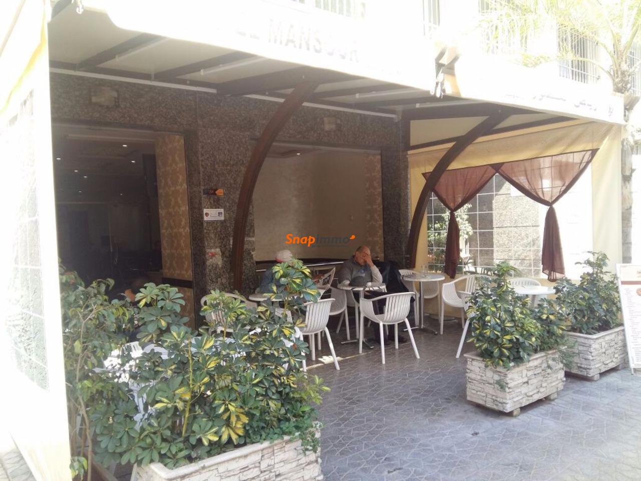 Cafe bien equipe a vendre - 1/3