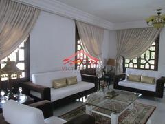 belle villa à louer de 800m à Hay Riad