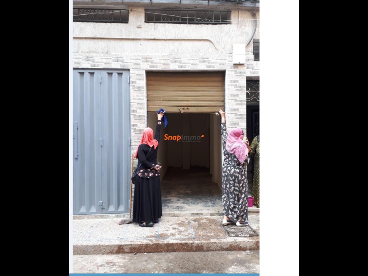 A vendre Local Commercial de 20 m2 Mers Sultan. - 1/2