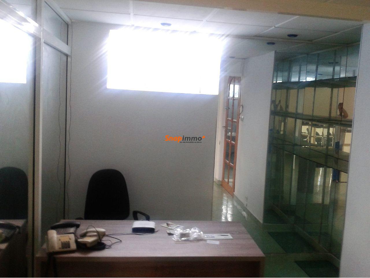 Plateau Bureau sur Bd Moulay Youssef - 3/4