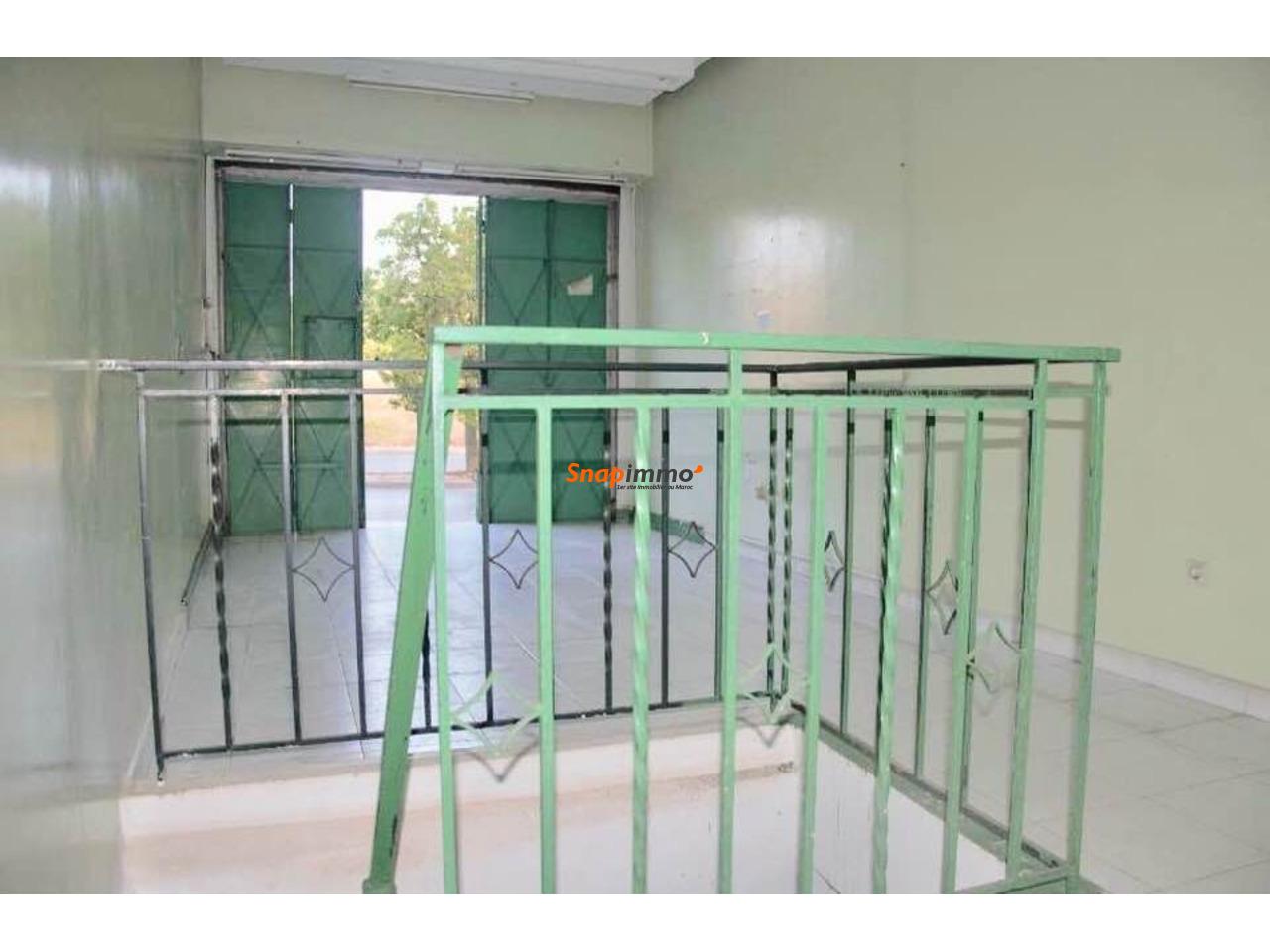 Espace de 18 m2 pour commerce ou bureau à louer - 2/3