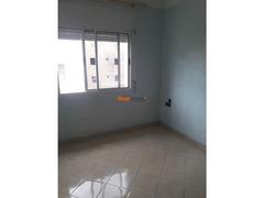 bureau 3 ch salon qods bernoussi 4200 DH - Image 3/5