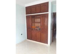 bureau 3 ch salon qods bernoussi 4200 DH - Image 4/5