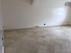 Appartement vide à louer 103m2